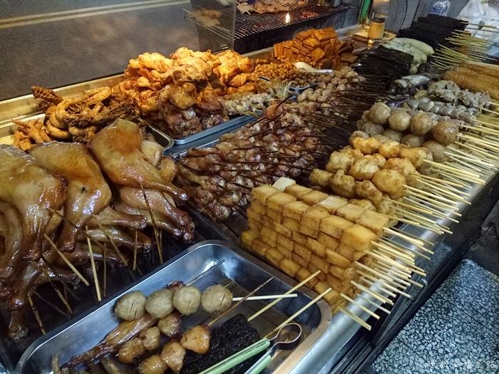 【台南宵夜美食】上好烤滷味,中西區滷味小吃,晚來就要排好久