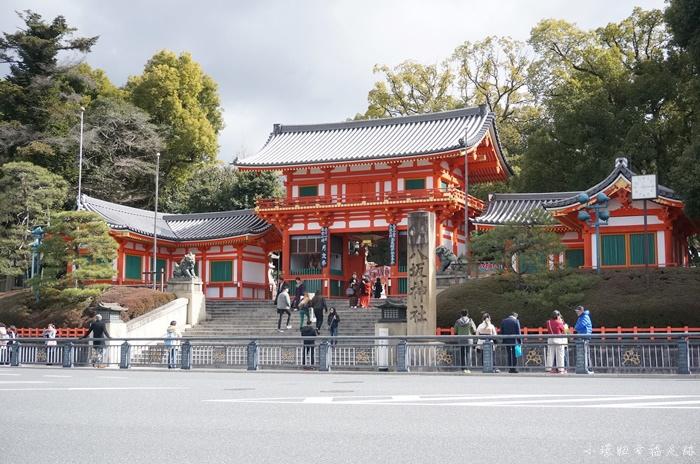 【京都必去景點】帶著虔誠的心散策八坂神社,順遊鴨川&花見小路 @小環妞 幸福足跡