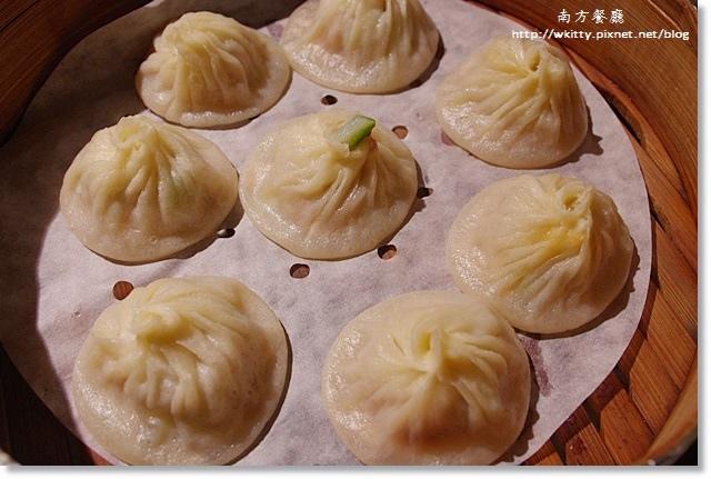 [桃園美食餐廳]˙南方江浙餐廳(南方莊園內) ♥ 最愛好吃涮嘴的爆漿流沙包