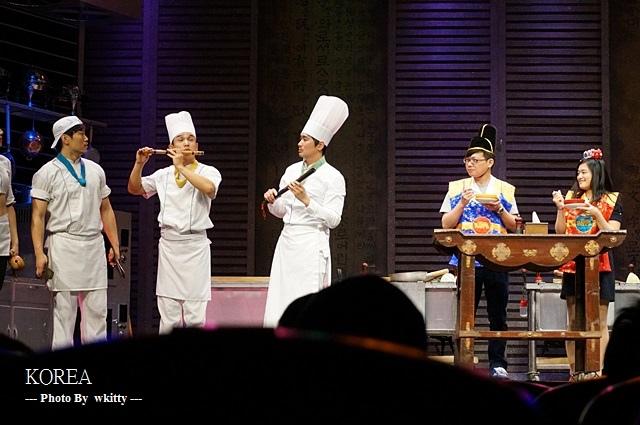 [韓國首爾看秀] 超搞笑又有韻律的亂打秀 ♥ 值回票價,2013首爾小旅行(17)