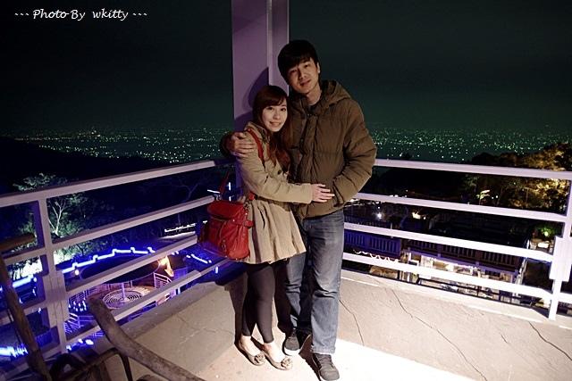 [南投景點]˙星月天空景觀餐廳 ♥ 浪漫約會聖地情侶必去,可以看到高鐵呼嘯而過