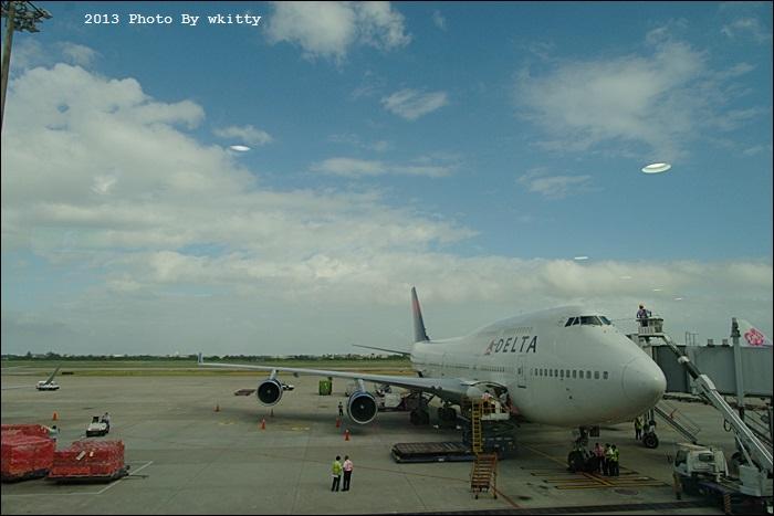 [東京行程攻略] 搭乘達美航空前往日本成田機場(3) @小環妞 幸福足跡