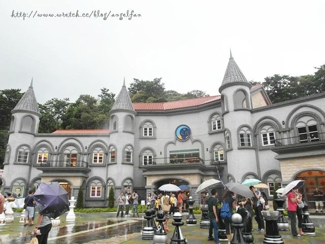 [南投埔里景點] 大黑松小倆口元首館 ♥ 夢幻城堡