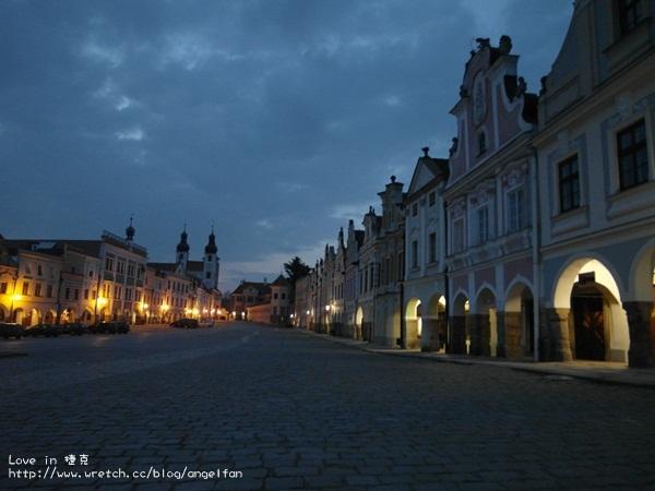 ❤Love in 捷克-6❤恐怖蠟像館之恐怖小鎮。我們住在可愛小屋中~Telc