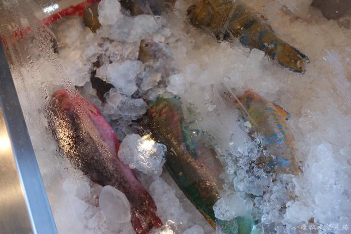 【墾丁後壁湖海鮮】阿興生魚片,滿滿20片只要$100,超推薦海產店 @小環妞 幸福足跡