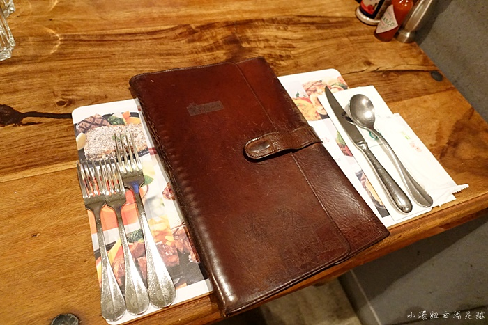 【歐鄉牛排】花蓮必吃美食,飄香20年的牛排老店,假日必訂位! @小環妞 幸福足跡