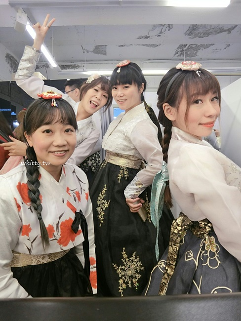 【韓國首爾韓服體驗】Oneday Hanbok,款式多,價格便宜,超夯推薦! @小環妞 幸福足跡