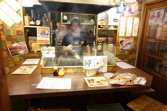 【沖繩國際通屋台村】大啖沖繩屋台村美食,串燒配啤酒,日本味濃! @小環妞 幸福足跡