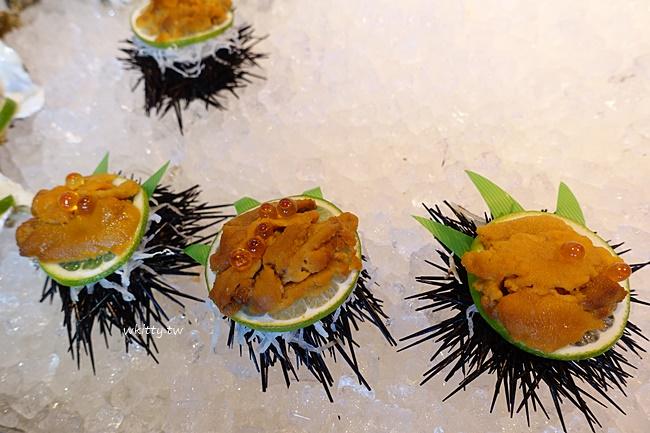 【沖繩魚市場推薦】系滿魚市場,超便宜的海膽海鮮,擺滿桌好幸福 @小環妞 幸福足跡