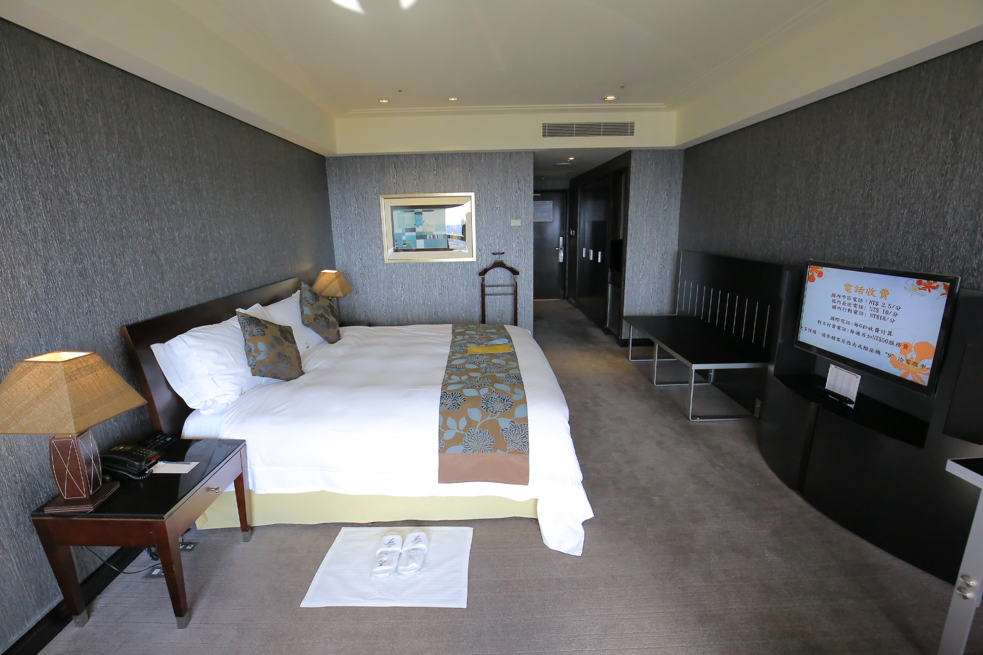 台南大億麗緻飯店-早餐、自助餐、三溫暖、健身房、游泳池 @小環妞 幸福足跡