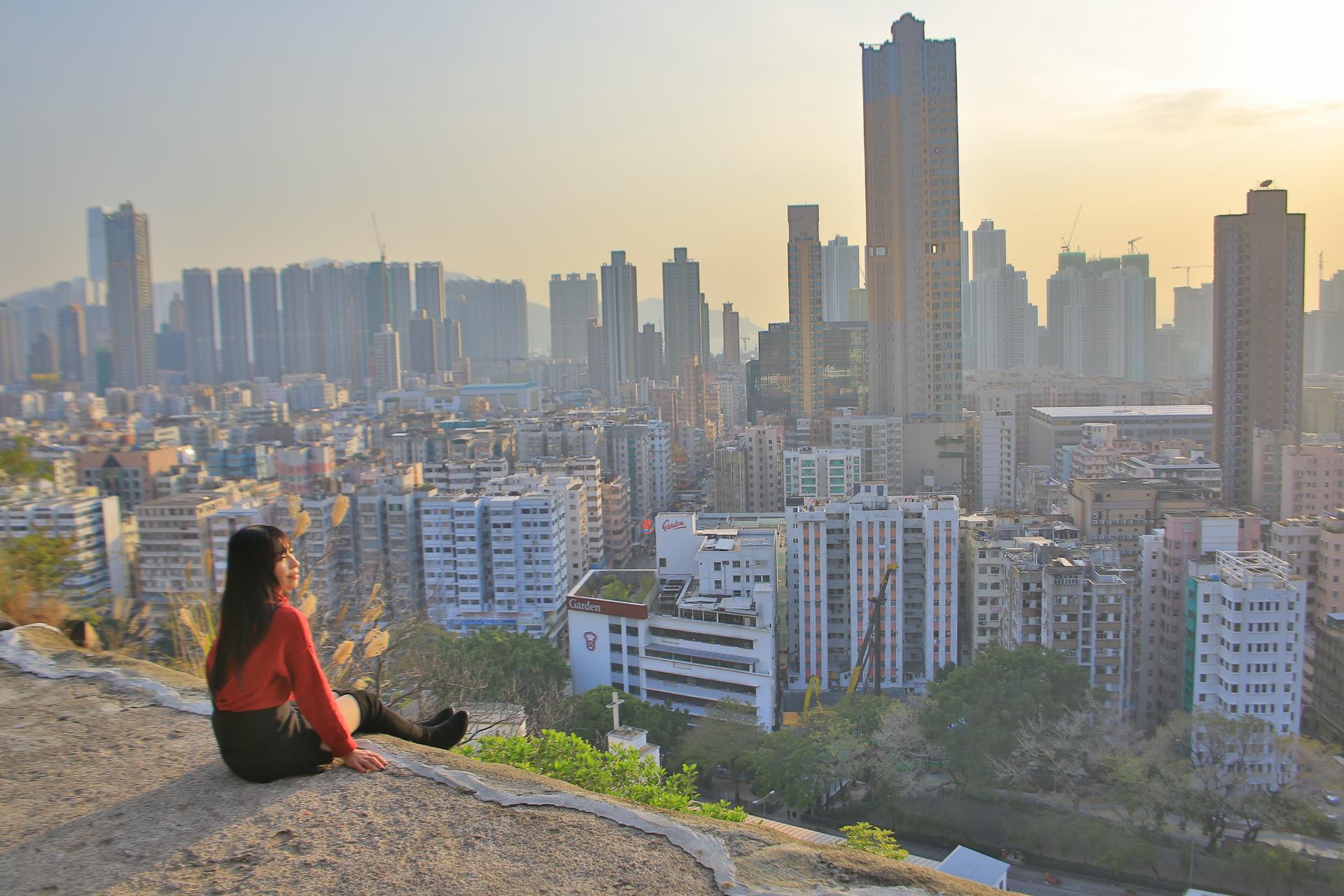 【深水埗一日遊】美食小吃賞景之旅,嘉頓山看香港市景日落 @小環妞 幸福足跡