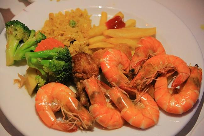 【曼谷遊船推薦】昭披耶河公主號,自助buffet晚餐,浪漫郵輪夜景 @小環妞 幸福足跡