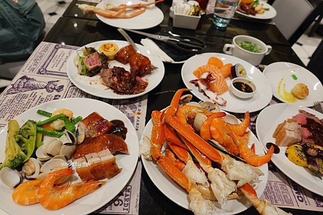 澳門巴黎人自助餐-龍蝦螃蟹海鮮超好食-晚餐食記推薦分享 @小環妞 幸福足跡