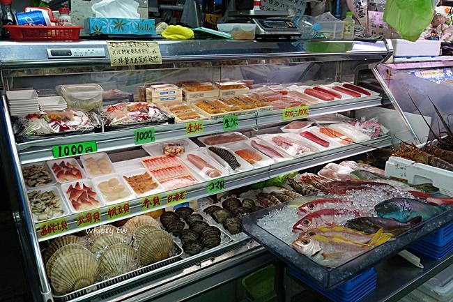 【沖繩那霸牧志公設市場】平價便宜海鮮,代客料理現買現吃超新鮮 @小環妞 幸福足跡