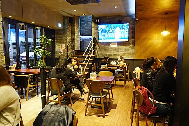 【韓國橋村炸雞】韓國首爾必吃炸雞非橋村炸雞莫屬啦!弘大分店 @小環妞 幸福足跡