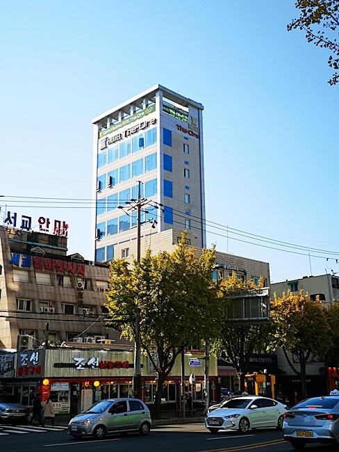 【弘大便宜住宿】礦石飯店Hotel The Ore,近弘大商圈,小資必住! @小環妞 幸福足跡