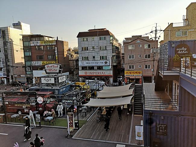 【韓國首爾拍照景點】建大貨櫃屋Common Ground,IG打卡熱點 @小環妞 幸福足跡
