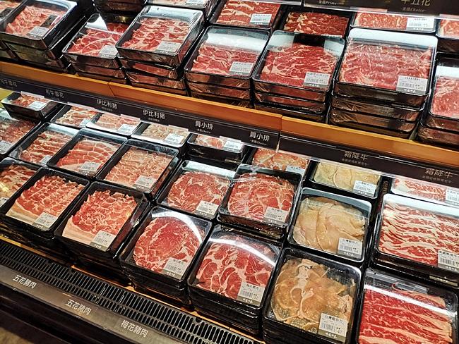【祥富水產超市火鍋】台北新光三越南西店,生鮮超市吃什麼自己拿 @小環妞 幸福足跡