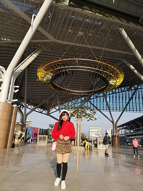 【新台中火車站】新景點!台中車站新站,摩登時尚,新舊強烈對比 @小環妞 幸福足跡