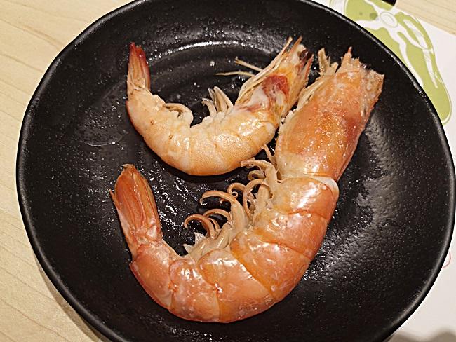 【高雄左營星野肉肉鍋】霸氣整桶蝦搬上,超長肉盤,爆吃肉海鮮必來! @小環妞 幸福足跡