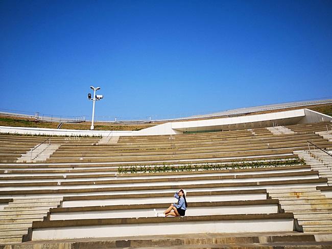 【高雄衛武營】IG網美網帥拍照打卡熱點,南台灣最壯觀藝術殿堂! @小環妞 幸福足跡
