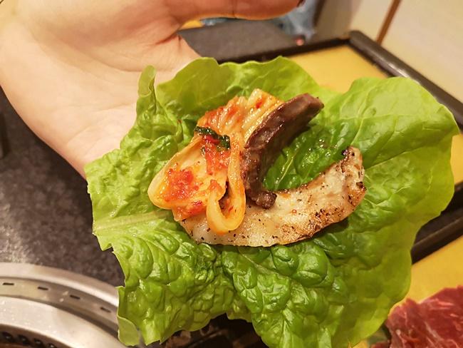 【六歌仙燒肉亭】東京新宿超熱門海鮮+燒肉吃到飽,務必先訂位! @小環妞 幸福足跡