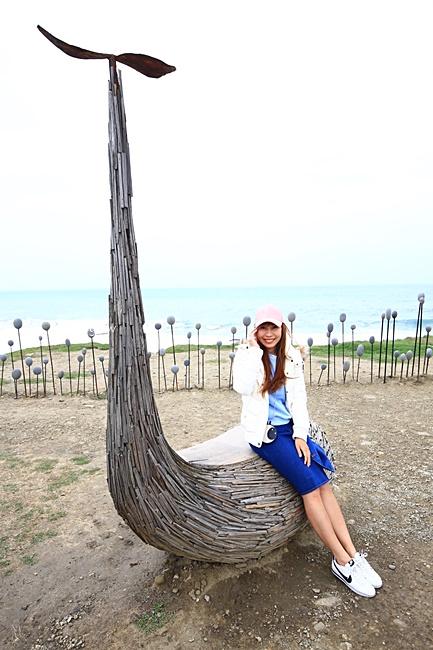 【台東海邊景點】加路蘭休憩區,台東ig熱門景點,漂流木裝置藝術 @小環妞 幸福足跡