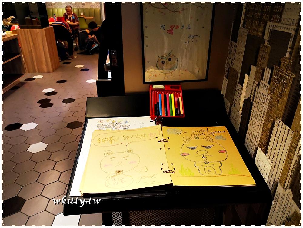 【Via Hotel丰居旅店】西門町-台北車站附近平價住宿,24H零食供應 @小環妞 幸福足跡