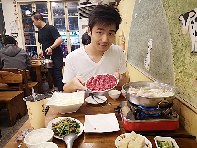 【嘉義牛肉火鍋】東方葉全牛料理店,超美味牛肉湯,推薦特選牛肉片 @小環妞 幸福足跡