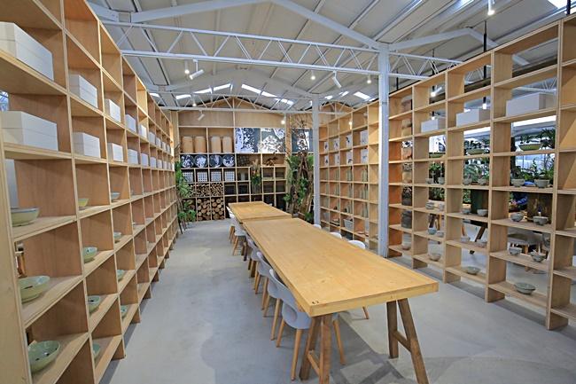 【嘉義梅山景點】空氣圖書館,網美IG打卡熱門景點,清水模景觀餐廳 @小環妞 幸福足跡