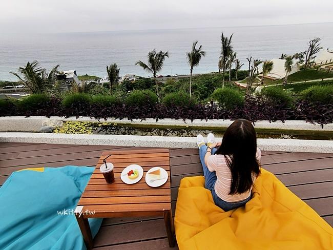 【花蓮網美景點】海崖谷露營區,IG打卡新景點,躺在懶骨頭上看海! @小環妞 幸福足跡