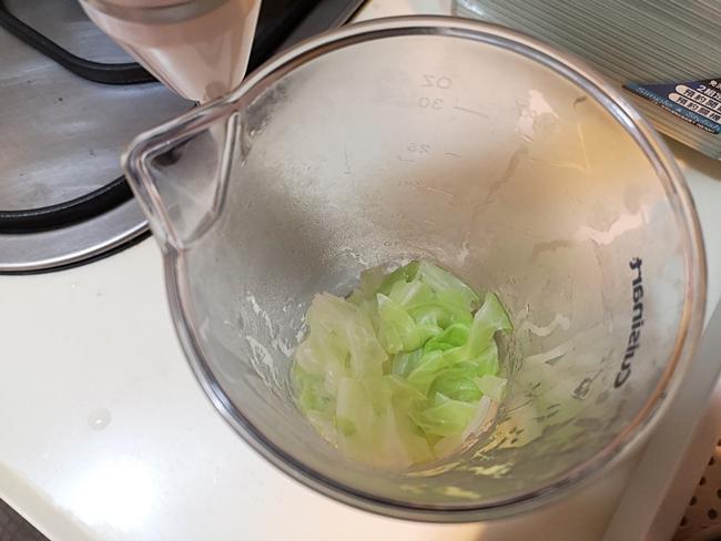 【寶寶副食品食譜】高麗菜泥,高麗菜米糊,低敏4m寶寶超買單的青菜 @小環妞 幸福足跡