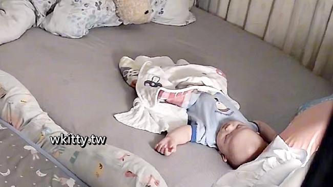 【寶寶攝影機】平價好用又清晰的嬰兒監視器,即時監控,操作簡單! @小環妞 幸福足跡