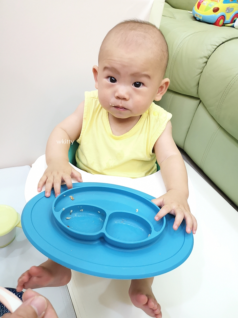 【超適合小寶寶的甜點】香蕉煎餅寶寶副食品,香甜鬆軟又可口,寶寶超愛 @小環妞 幸福足跡