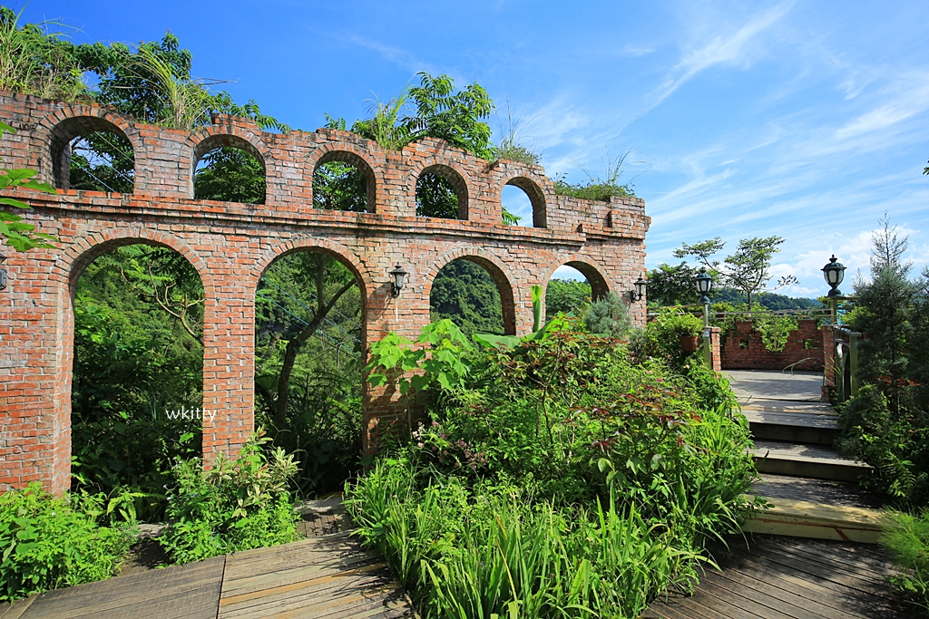 【新店景觀餐廳】青立方,漂亮的紅磚天空之城,廢墟風景點超好拍 @小環妞 幸福足跡