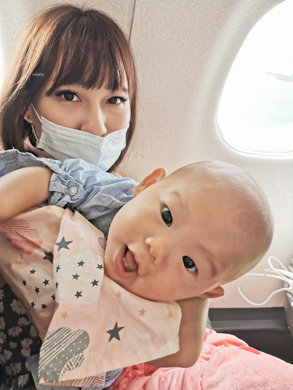 【帶寶寶搭飛機去澎湖】寶寶上飛機注意事項,華信航空松山飛馬公 @小環妞 幸福足跡