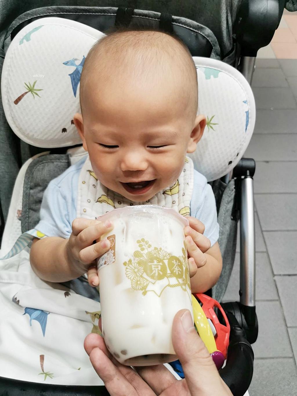 【9m】餅皮寶寶鬧鬧月記,會深蹲,爬上樓梯,拍拍手聲控,8顆牙齒,體重9.8KG @小環妞 幸福足跡