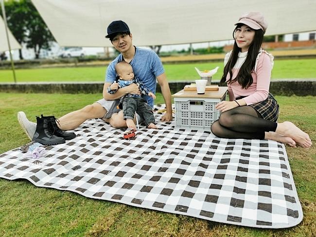 【小田生活mmm】彰化田中野餐咖啡廳,人來就好的野餐,寵物友善,綠油油的草地奔跑 @小環妞 幸福足跡