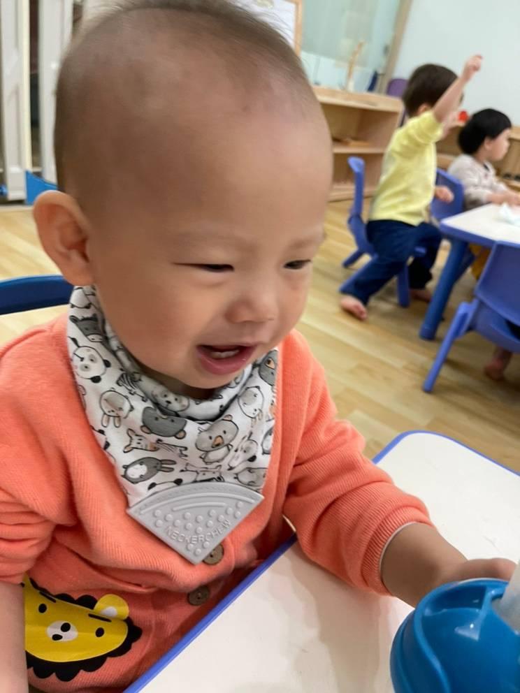 【育兒生活1y3m】送托嬰的分離焦慮症,媽媽更嚴重,用對離別的方法,讓小孩克服負面情緒! @小環妞 幸福足跡